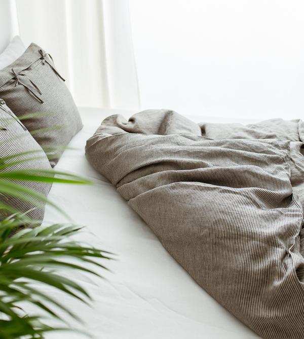 Leinen Bettdedecke schwarz-naturbeige gestreift