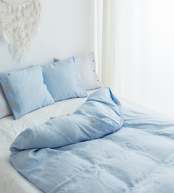 Himmelblaue Leinen-Bettwäsche