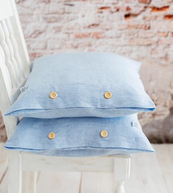 Hellblaue Kissen aus Leinen