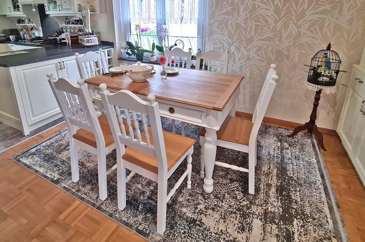 Tisch und Stühle in Eiche - 2-farbig nach Wunsch