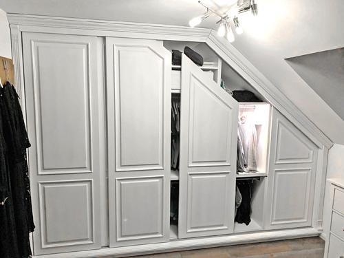 Dachschräge - Einbauschrank nach Mass - 100% Massivholz - Weiß